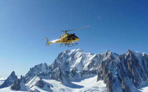 helicopter transfer taxi airport milan, geneva, turin, courchevel, cervinia, courmayeur