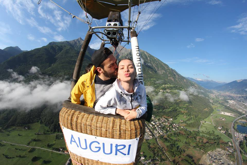 marriage proposal hot air ballon aosta courmayeur chamonix cervinia